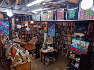 Seattle Horizon Books is excited to begin hosting Sober Artist Meetups every other Sunday