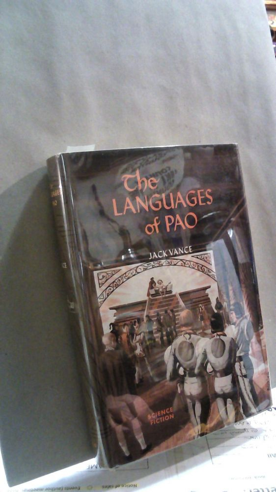The Languages of Pao. Jack VANCE.
