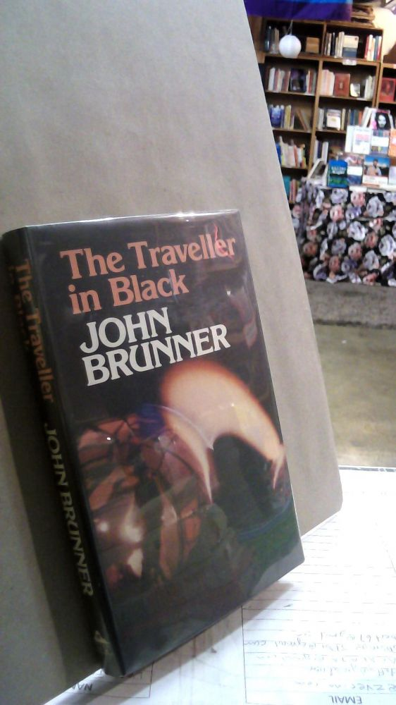 The Traveller in Black. John BRUNNER.