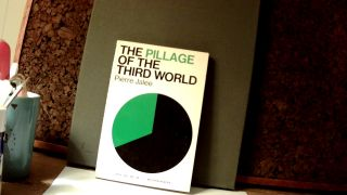 THE PILLAGE OF THE THIRD WORLD. Pierre JALEE, Mary Klopper