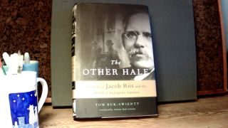 THE OTHER HALF: The Life of Jacob Riis and the World of Immigrant America. Tom BUK-SWIENTY