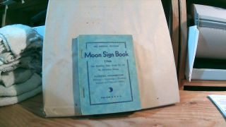 39th Annual Edition Moon Sign Book 1944 The Planetary Daily Guide For All. Llewellyn GEORGE