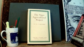 THE NIGER AGRICULTURAL PROJECT. K. D. S. BALDWIN